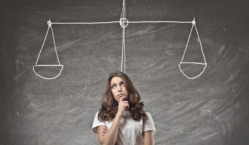 現状維持バイアス、変化を恐れる人間の心理とは?